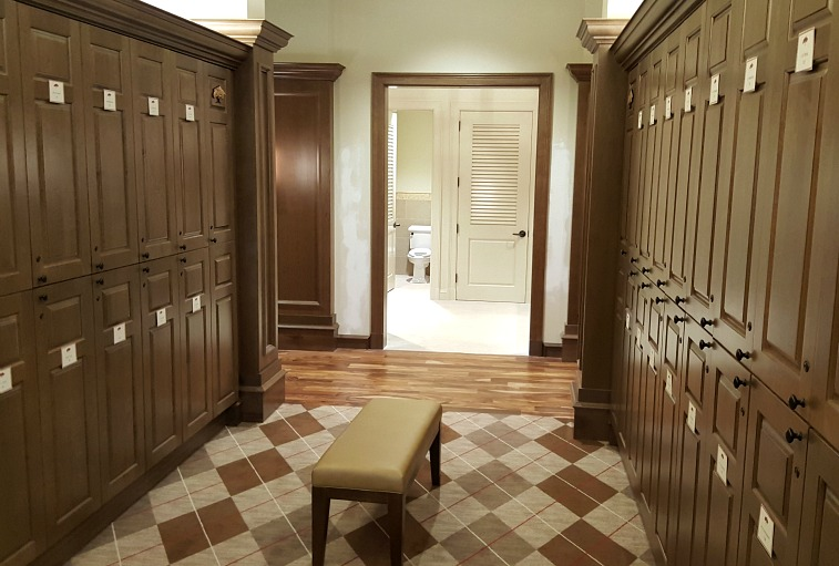 Royal Poinciana Men's Locker Room5